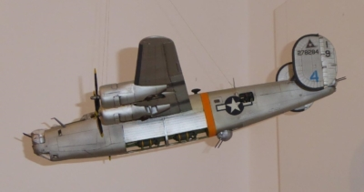 Modell des abgestürzten amerikanischen Bombers B-24 am Ölberg (Foto: Gertrud Frank)